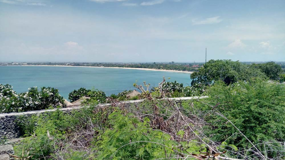 Impressive cliff-front land for sale in Bali on the elite area of Jimbaran