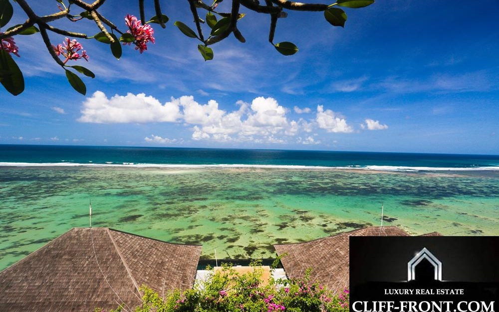 Wonderful Bali property for sale Cliff-Front Villa in Nusa Dua best location