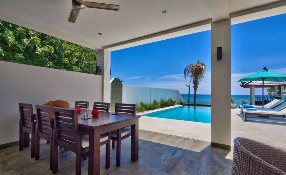 Elegant Bali beach villa for sale on the elite area of Lovina