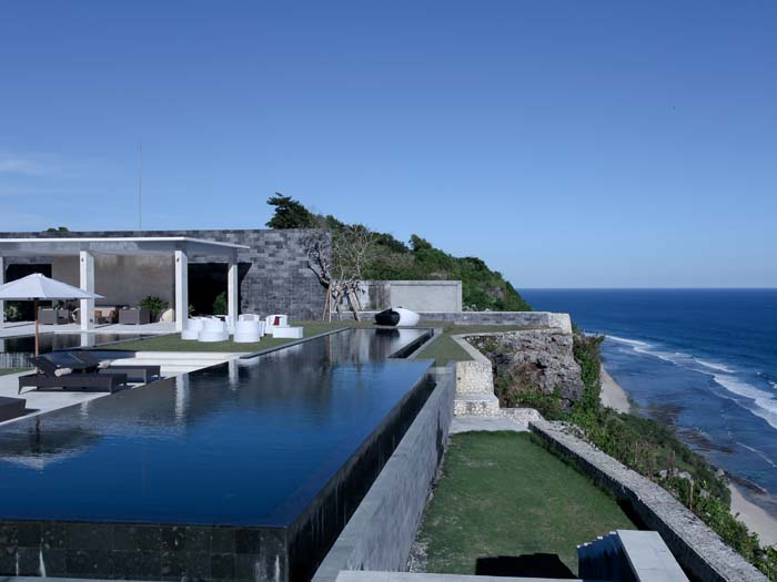Stunning cliff front Bali villa for sale Uluwatu best location