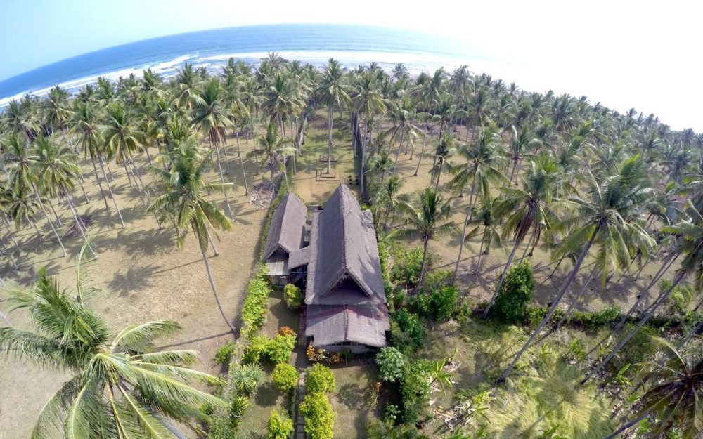 Majestic Bali beach property for sale in the Balian Beach