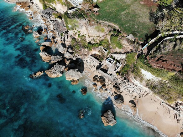 Exclusive Bali cliff-front land for sale in Uluwatu area