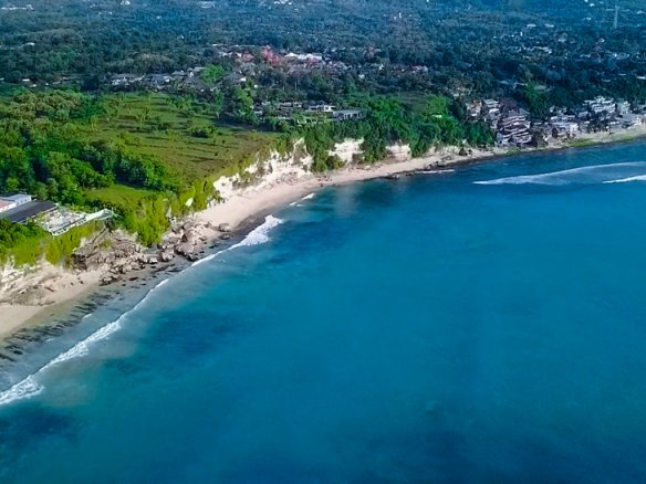 Sumptuous cliff-front land for sale in Bali on the best area of Uluwatu