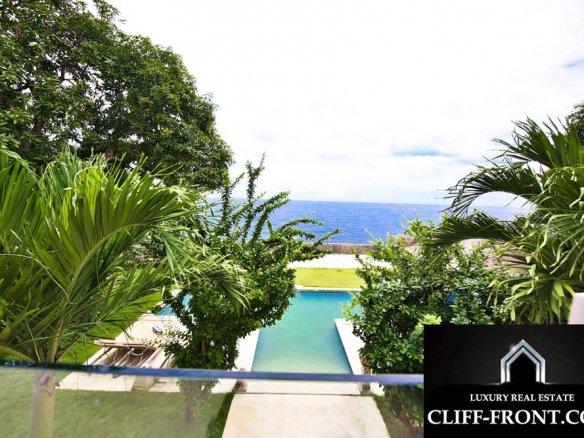 Gorgeous Bali beachfront villa for sale on Best Location Lovina