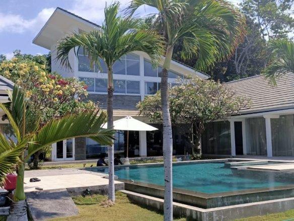 罗威那最佳地区出售著名的巴厘岛海滩别墅