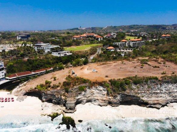 巴厘岛乌鲁瓦图最佳地区的独家悬崖前和海滨土地出售